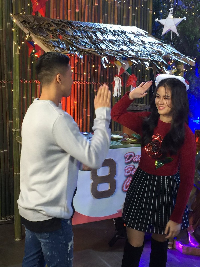 LOOK: 15 Kilig photos that would make you join the KissTon ship!