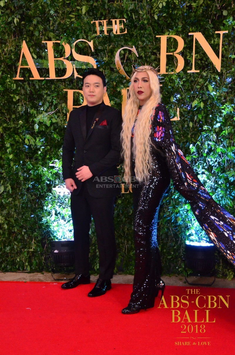 Gandang-Gabi-Vice-Vice-Ganda-Unkabogable-Outfits-at-ABS-CBN-Ball-16