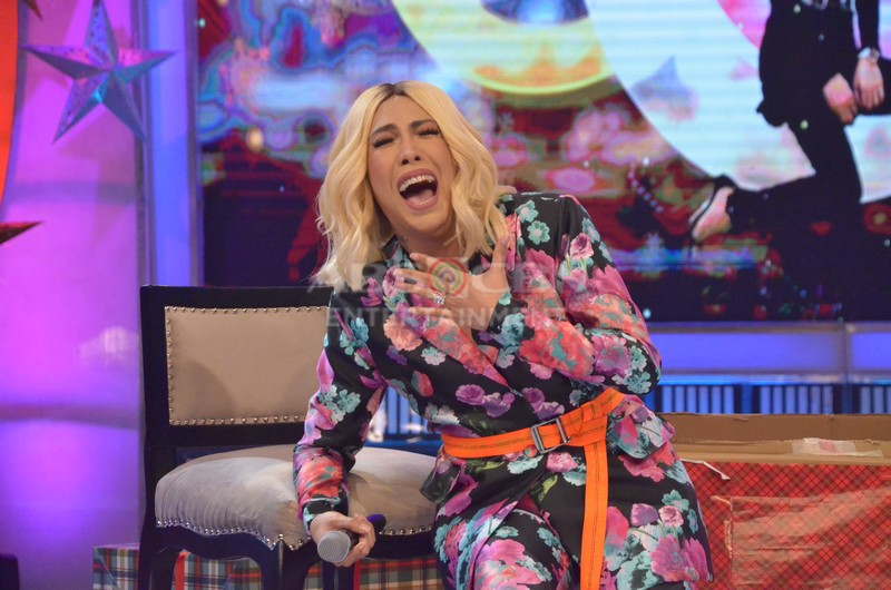 Vice-Ganda-Anne-Curtis-10